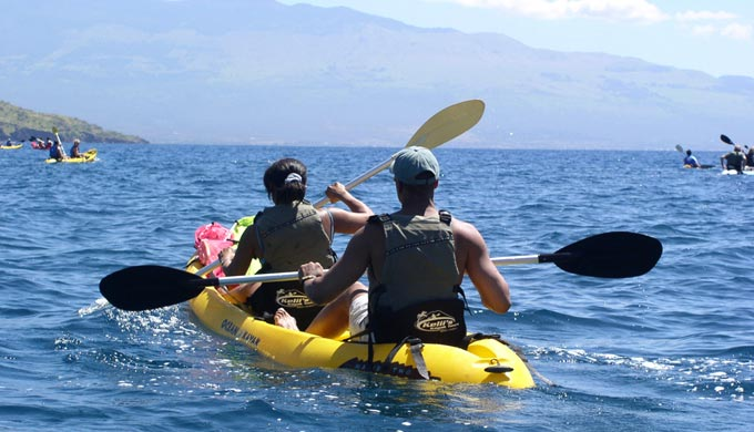 kayaking to a good snorkeling spot in Maui