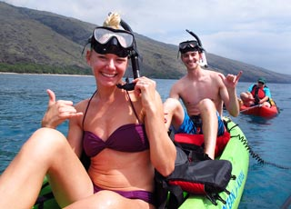happy kayakers on the west maui kayaking tour